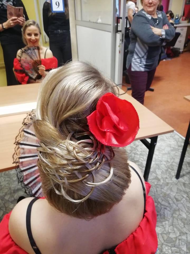 Aktualności Fryzury W Rytmie Flamenco W Wykonaniu Uczennic Zst